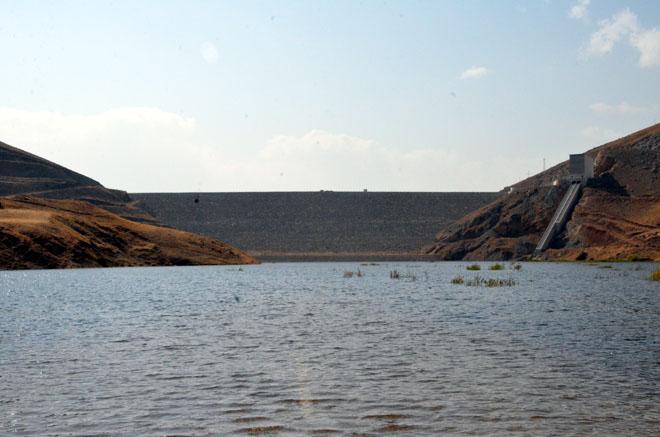 Yüksekova Dilimli Barajı Su Tutmaya Başladı
