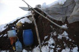 Kar suyu ile su ihtiyaçlarını gideriyorlar