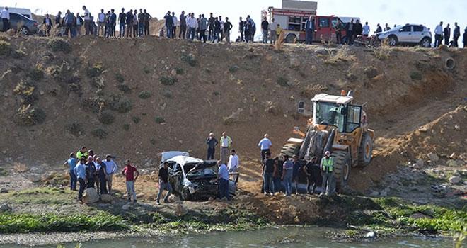 Yüksekova'da taziye yolunda kaza: 2 ölü, 3 yaralı