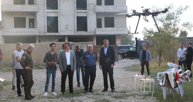 Vali Akbıyık'tan drone tasarlayan Bedran'a ziyaret