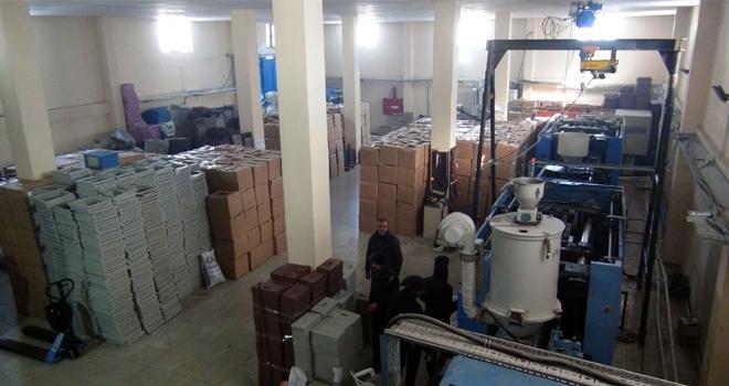 Yüksekova'da plastik fabrikası ürünlerini İran ve Irak'a ihracat yapıyor