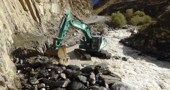 Sel felaketinin oluşturduğu tahribat sular çekilince ortaya çıktı