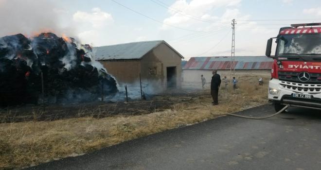 Yüksekova'da 2 Bin ot bağı alev aldı